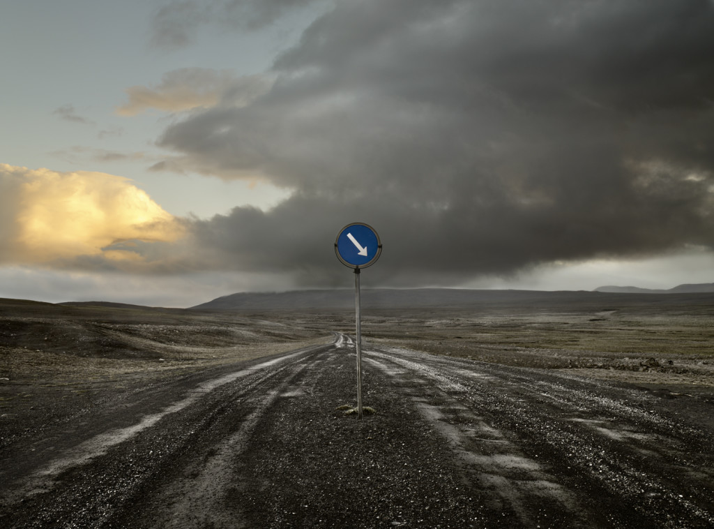 004 Pista y señal de trafico. Islandia, 2006