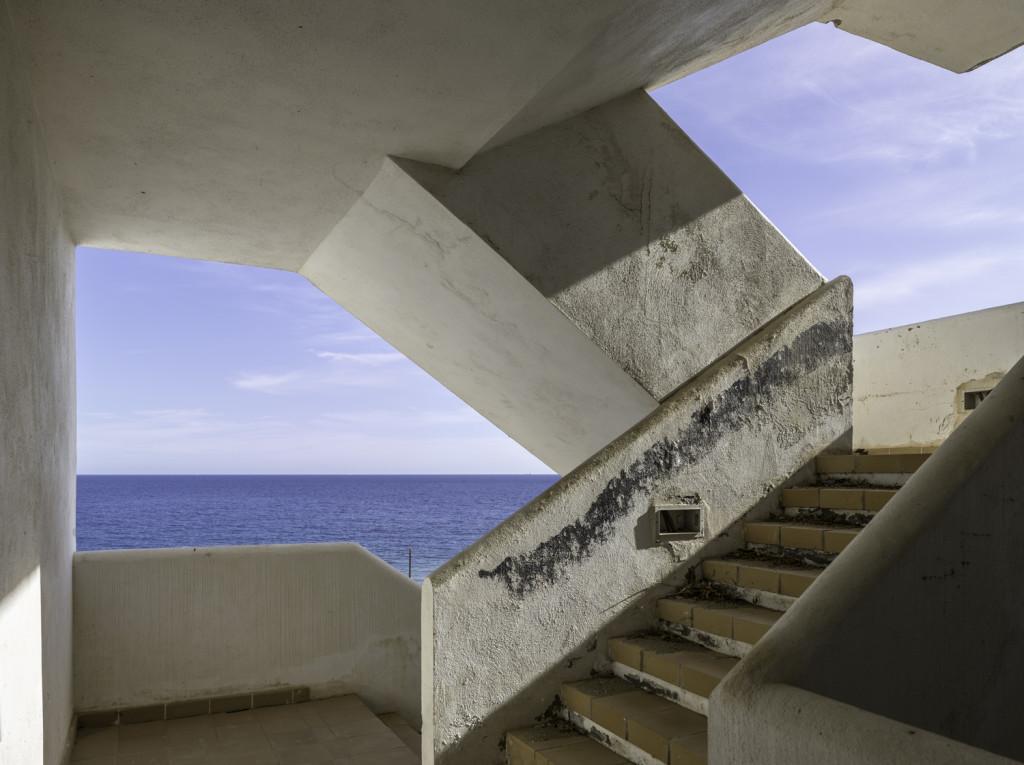 111 Escalera con vistas al mar. Almería, 2015