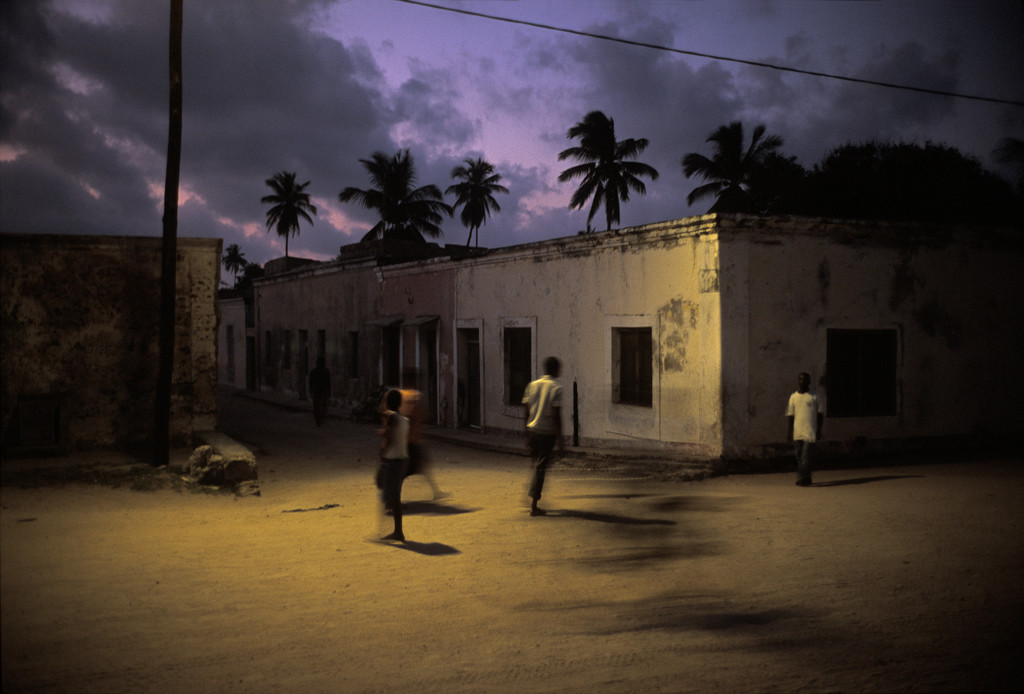 "Mozambique, Isla de Mozambique. Ciudad colonial ""de pedra e cal"". Mozambique, Mozambique Island town. Colonial city ""of stone and lime""."