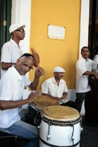 La música aparece en cada rincón de La Habana.