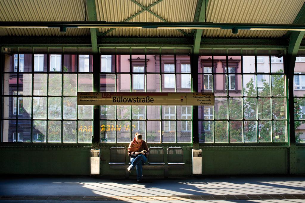 05 Estacion de BulowstraBe. Berlin, 2008